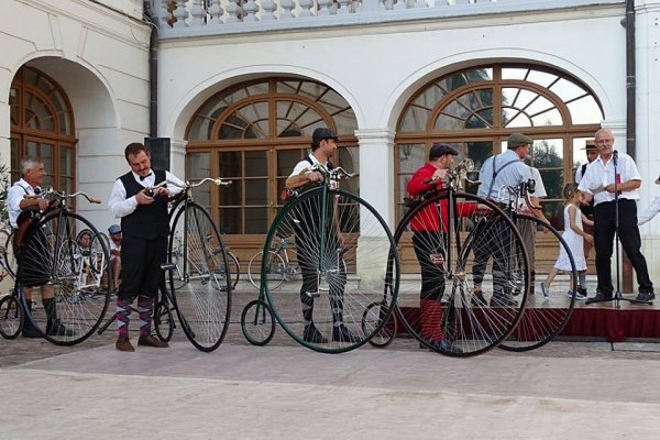 The bicycle exhibition of the Museum of Transport moves to Vásárosnamény